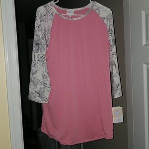 Brand new 2XL Lularoe Randy Tee